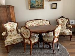 Bécsi barokk szett.6 szék,2 fotel,1 kanapé,1 íróasztal,1 kisasztal ,4 különböző méretű szekrény