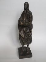Körösényi Tamás: Lány galambbal 38 cm