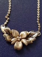 Ezüst  925 jelzéssel, virágkollázs nyaklánc!