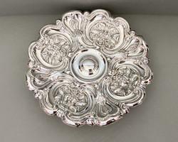 Gyönyörű,antik, ezüstözött kínáló.