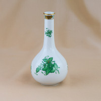 2 db Herendi váza: zöld AP és Viktoria mintákkal