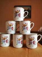 6db szépséges porcelán csésze.