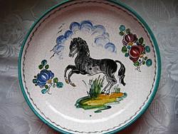 Deruta Habán színezésű lovas, lovacskás  fali tál