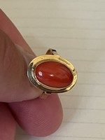 18kr aranyból készült  eredeti régi korallal díszített gyűrű eladó!Ara:64.000.-