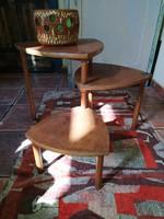 Retró designe állvány asztal