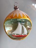 Régi üveg karácsonyfadísz retro vitorlás hajós gömb üvegdísz