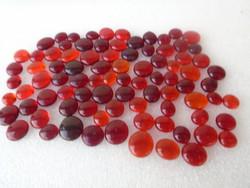 Mesterséges tájföldi  galambvérvörös kaboson formájú RUBIN 331 gramm 1655 ct élően sokkal szebb a sz