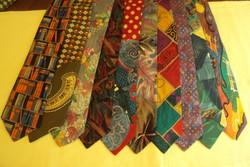 10 db.VADONATÚJ márkás,finom selyem nyakkendő gyűjtemény.(együtt)