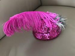 Flitteres strucc tollal díszített kalap fejdísz