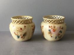 Zsolnay TJM kaspó pár, virág motívumokkal, 1879-80.