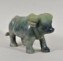 Antik faragott, bivaly jáde figura, kínai művészet