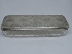 Üveg piperés doboz ezüst tetővel