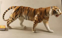Porcelán nagyméretű tigris 178