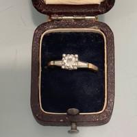 Arany Briliáns gyűrű 14 és 18 karát kombinációja, kb. 0,5 karát jó minőségű briliánssal