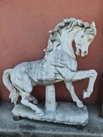 Antik márvány ló szobor