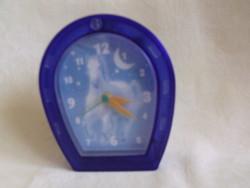 Pony Club quartz csörgő óra elemes ébresztőóra