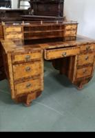 Biedermeier íróasztal
