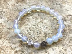 Opalit fehér ásvány gyöngy karkötő uniszex