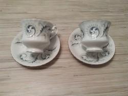 Angol porcelán kávés csészék kistányérral.