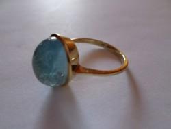Akvamarin drágaköves 14 karátos arany gyűrű