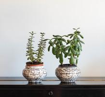 2 db Hódmezővásárhelyi retro kerámia kaspó - pamacsolt mázas szürke virágtartók