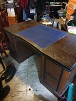 Eredeti Lingel íróasztal, jó állapotban, íves középső fiókkal eladó