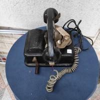 Régi kurblis rendszerű telefon, nehéz szép  2 csengővel, dekoráció célra,
