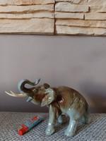 Nagy méretű royal dux elefánt - ritkább színű