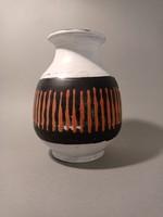 Gorka Lívia váza, hibátlan, gyűjteményből. kb 17x13cm.