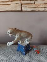Nagy méretű royal dux cirkuszi oroszlán - ritka darab