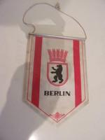 Berlini reklám zászló