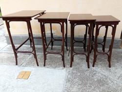 Antik Thonet zsúrasztal garnitúra, 4db-os kínlóasztal, lerakó asztalok