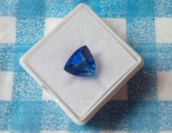 5.10Ct gyönyörű kék háromszög zafír