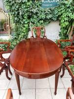 Antik bővíthető stíl étkező/tárgyaló asztal 6 db kárpitozott karosszékkel