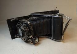 Antik fényképezőgép Thages