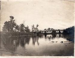 Átkelés a hídon, hangulatos kép