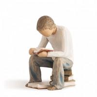"Willow Tree figura szobor olvasó fiú ""Quest"""