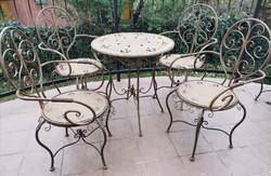 Kerti garnitúra - (1 db asztal + 4 db szék)