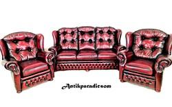 A368 beautiful original chesterfield leather sofa!