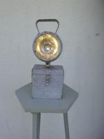 Bakter lámpa, vasutas lámpa