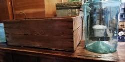 Natúr fa láda, régi patikai,laboratóriumi szállító láda, dekoráció