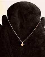 Arany nyaklánc szív medállal