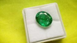 6.65 Carat Colombian Green Emerald Gemstone Certificate