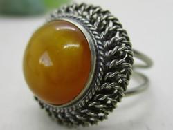 Csodás antik  valódi sárga borostyán köves gyűrű