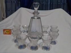 Antik likőrös, pálinkás készlet - tíz szögletű karaffa, kiöntő és tizenegy darab talpas pohár