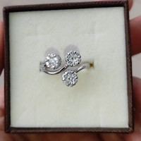 Fehérarany eljegyzési gyémánt gyűrű