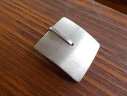 Női ezüst medál különleges forma 925.