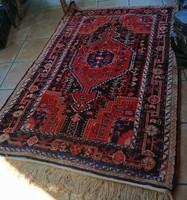 Új állapotban:Gyönyörű , nahavand ,iráni  antik szőnyeg