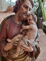 Antik 1690 es évből szines 52x28x20cm  fa szobor József a kisdeddel Euckarisztikus szobor
