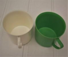 NDK retro műanyag poharak, gyerek  bögrék, 2 db együtt
